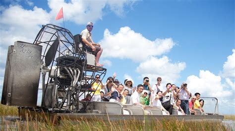 Everglades Tours | Airboat Tours | Gator Park - YouTube