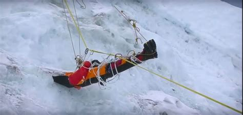 Brief Information About Everest Expedition | Breeze Adventure