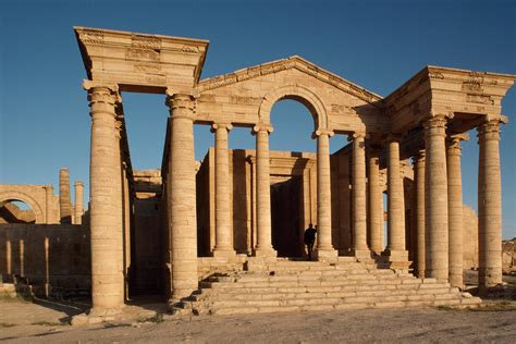On ISIS's Path of Ruin, Many Sites of Global Importance
