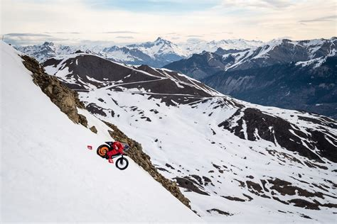 New World Speed Record For a Bike Set on Snow   InTheSnow